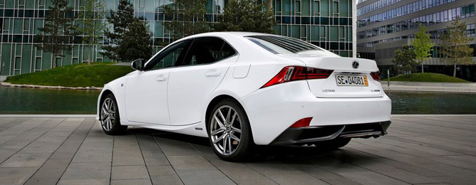Lexus IS C 2013-