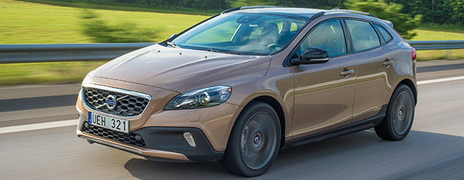 Volvo V40 & CROSS COUNTRY 2014